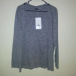 The free yoga Womens top gray size 2XL